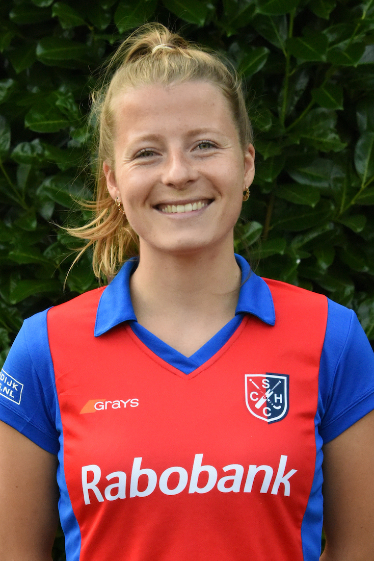 19 - Fabienne Roosen