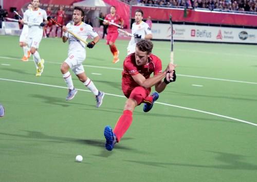 Een backhandslag op het goal. Foto: Roel Ubels