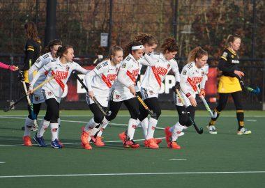 De dames van Amsterdam winnen de ontmoeting van Den Bosch