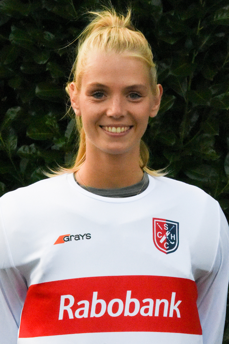 32 - Alexandra Heerbaart