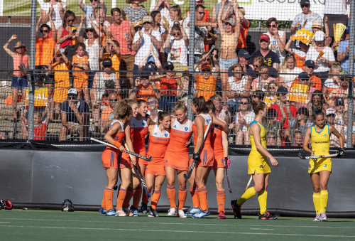 Nederland wint de eerste FIH Pro League. Kelly Jonker is weer belangrijk en scoort in de 49ste minuut tegen Australië. Foto: Roel Ubels
