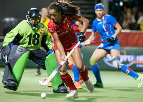 Belgie eindigde ondanks een sterk optreden tegen Oranje op de derde plek in de poule op het EK Hockey in Antwerpen.