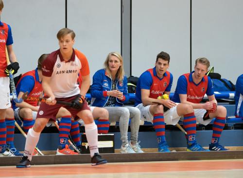 Marieke Dijkstra is weer terug te zien in de Hoofdklasse. Dit keer coacht zij de heren van SCHC.