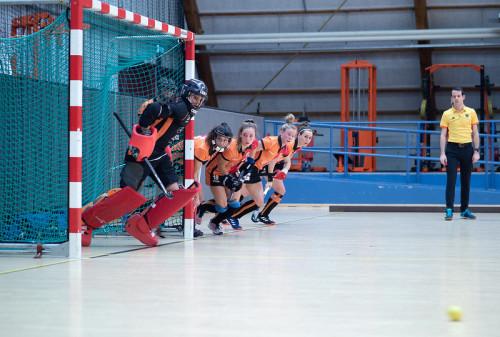 Oranje-Rood staat na zes gespeelde wedstrijden met twaalf punten bovenaan