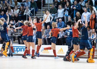 Laren-Landskampioen-zaalhockey