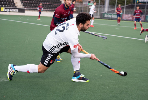 Valentin Verga in actie tegen Klein Zwitserland.