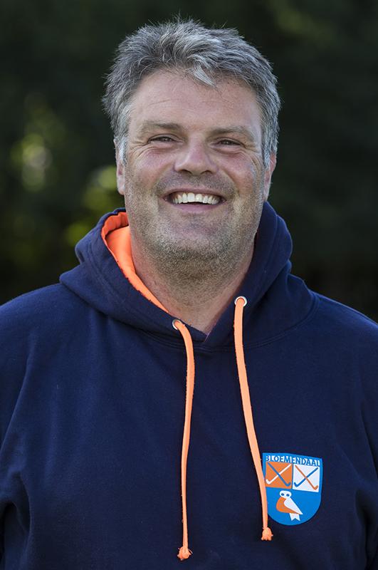 Bloemendaal - assistent coach Andre Morees (Bl'daal)  .  Dames I , seizoen hoofdklasse hockey, 2017-2018.  COPYRIGHT KOEN SUYK