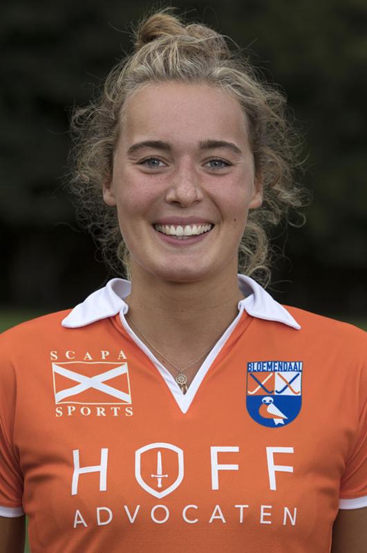 BLOEMENDAAL - Ekki Lemmink van Bloemendaal Dames I seizoen 2016-2017.    COPYRIGHT KOEN SUYK