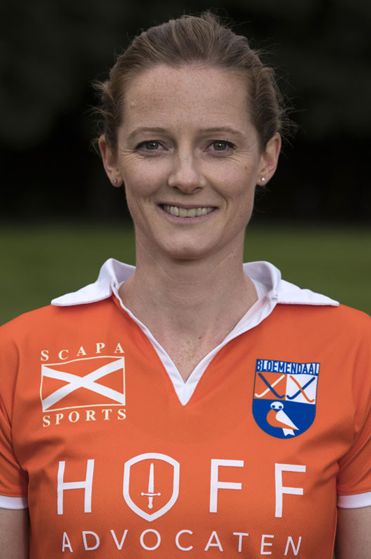 BLOEMENDAAL - Helen Richardson-Walsh van Bloemendaal Dames I seizoen 2016-2017.    COPYRIGHT KOEN SUYK