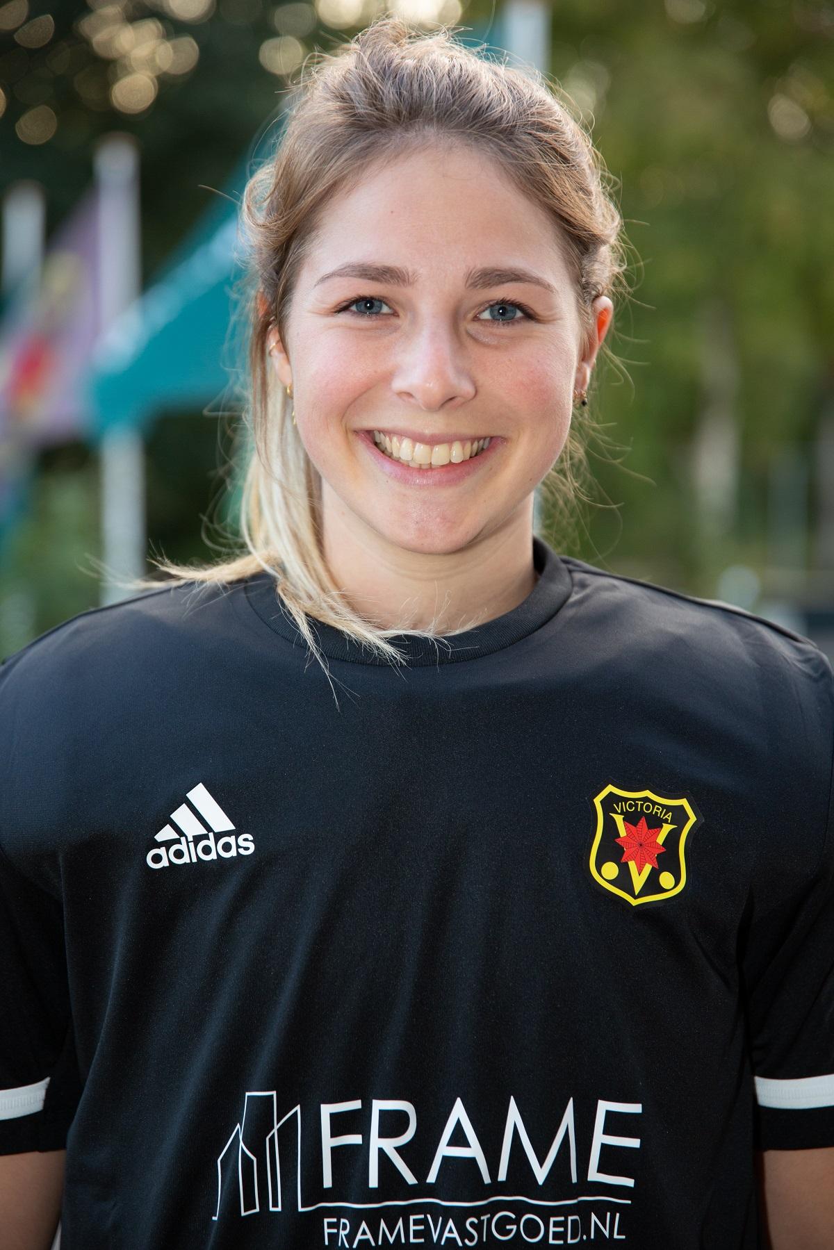 Hannah Klunder (22)
