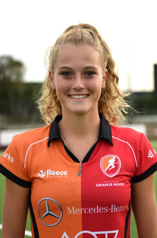 Oranje-Rood-16-17-Yibbi-Jansen