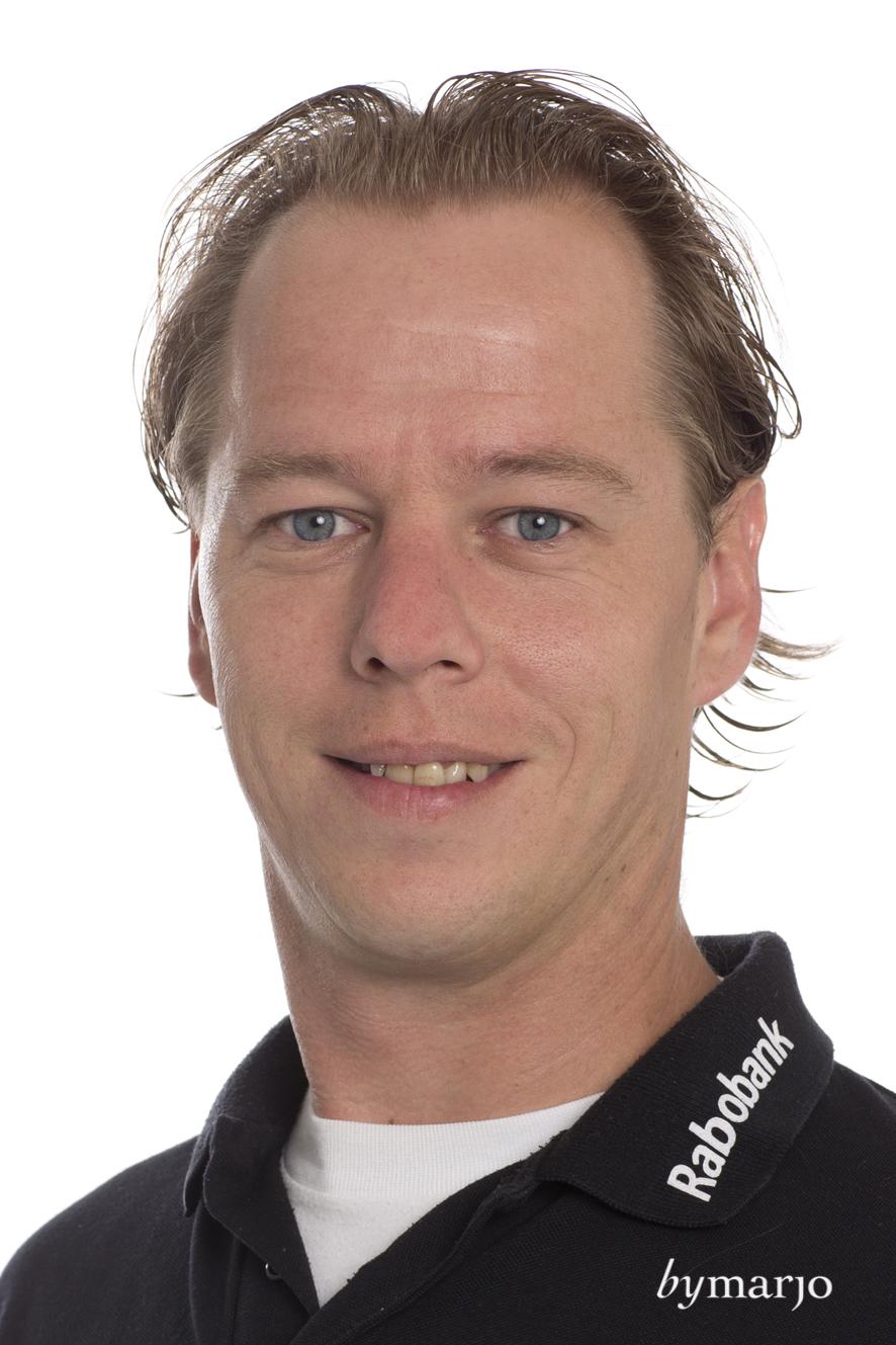 HCDB, Dames 1, seizoen 2013-2014,Rogier van Bavel, fysio