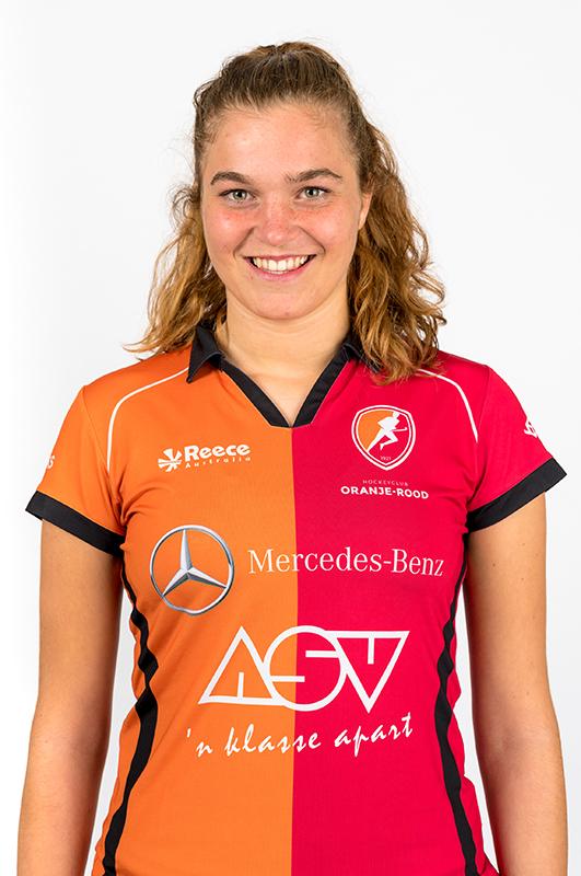 Sarah-Sinck-Oranje-Rood-Dames-2017-2018