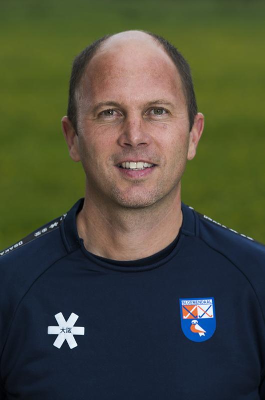 BLOEMENDAAL - coach Teun de Nooijer (Bldaal)  .  Bloemendaal  Dames I seizoen 2018/2019. COPYRIGHT KOEN SUYK
